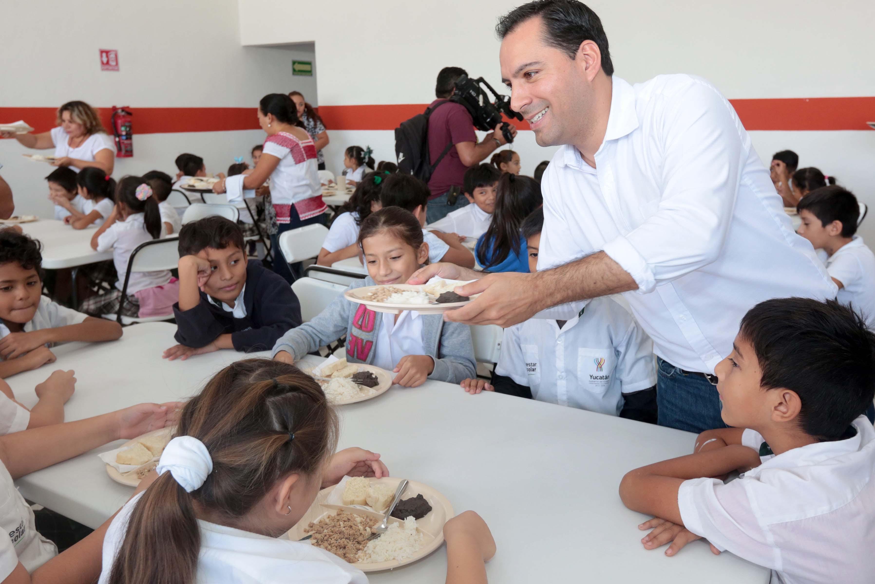 Escuela de colonia Villa Magna del sur estrena comedor