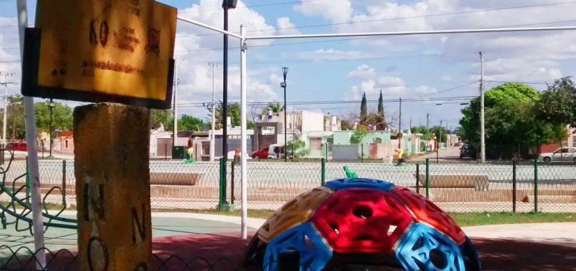 Aspecto del parque infantil en el Paseo Verde de Mérida. Un ducto de Pemex pasa cerca de esa zona. (Foto: Eduardo Vargas)
