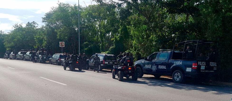 Con más violencia reciben en Cancún a policías federales
