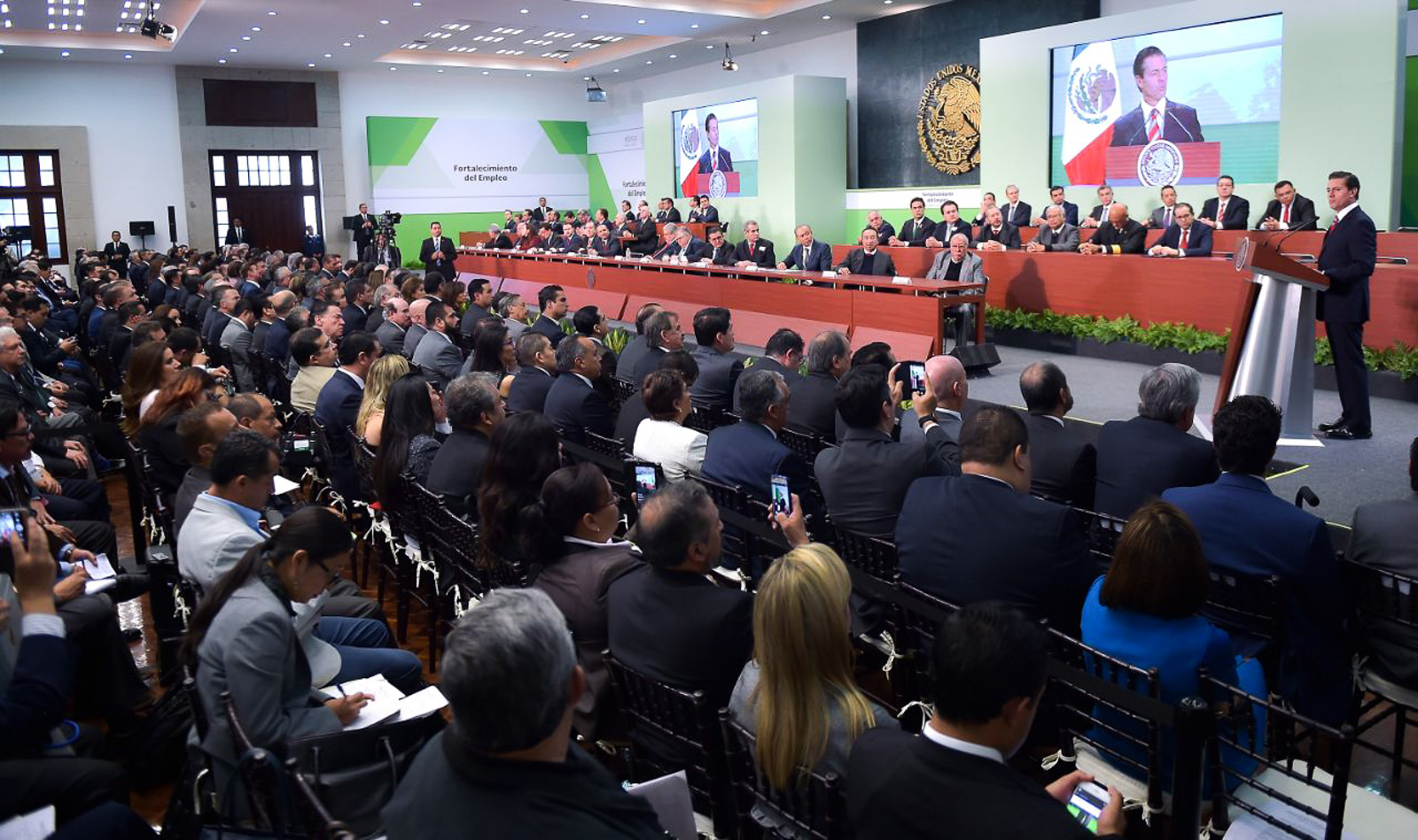 Ventilan cifra sexenal de empleo en Yucatán