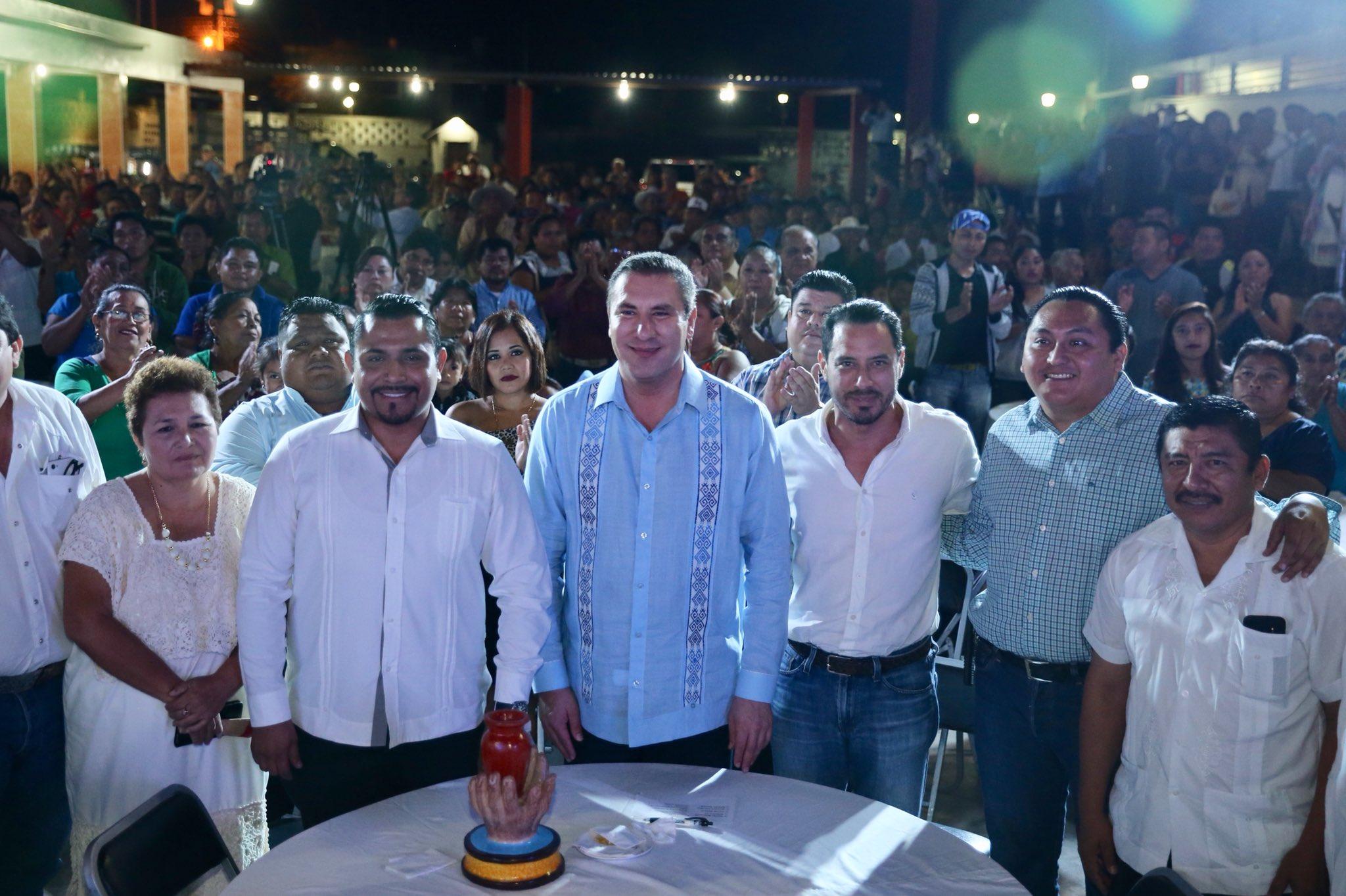 Moreno Valle de gira proselitista en Yucatán