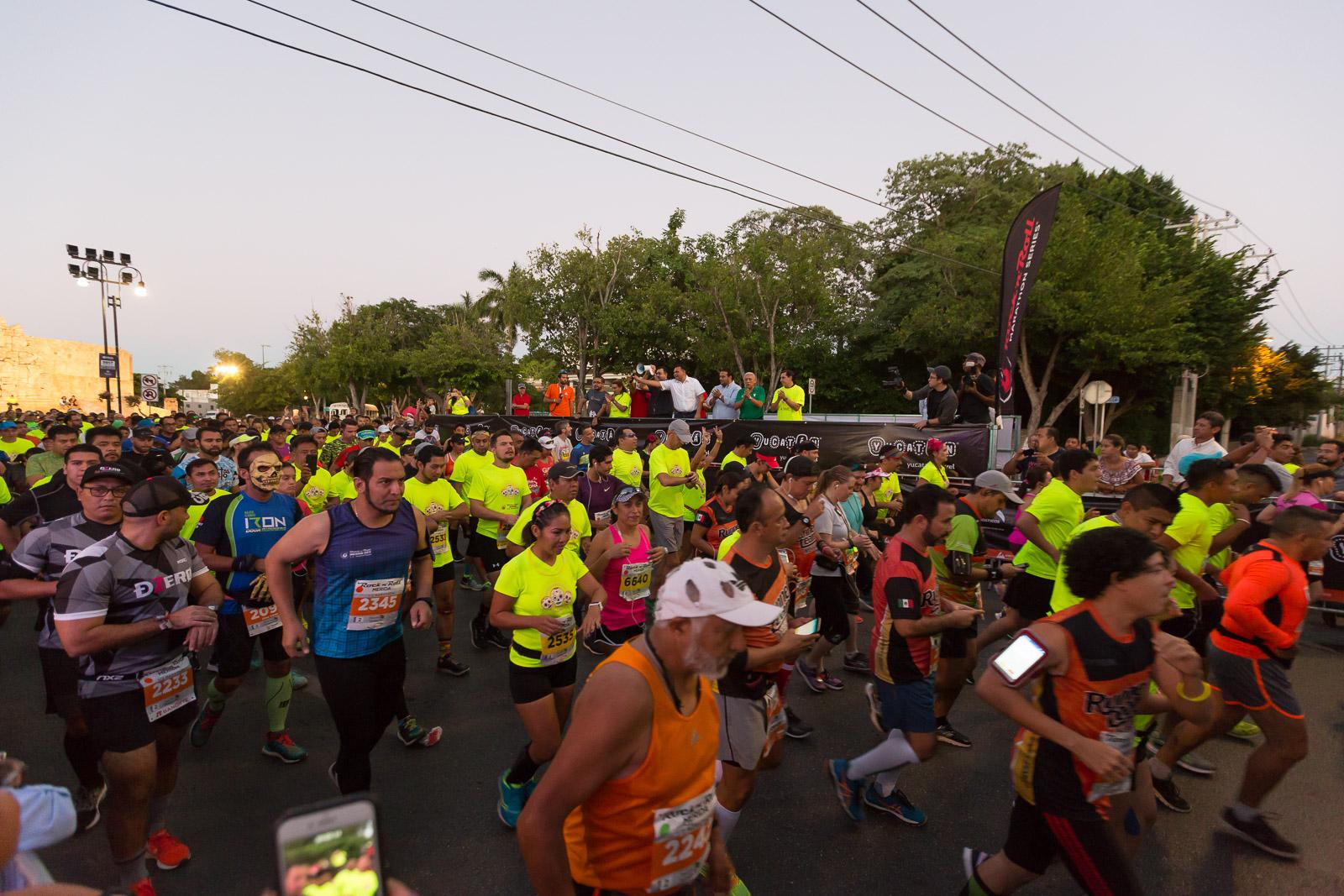 """Vibra Mérida con espectacular Medio Maratón y """"10 K"""""""