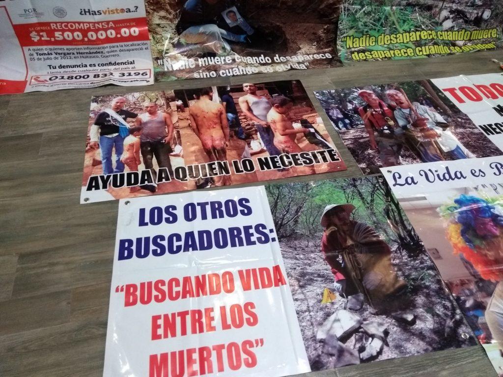 Las mantas de Mario Vergara eran elocuentes: su incansable lucha por los desaparecidos en México.