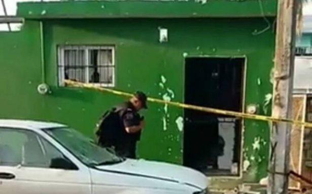Explosión en Playa del Carmen dañó vehículos y fachada de casa