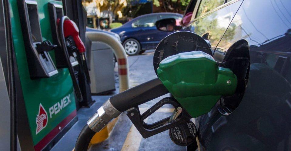 De importación, 74 de cada 100 litros de gasolina en México