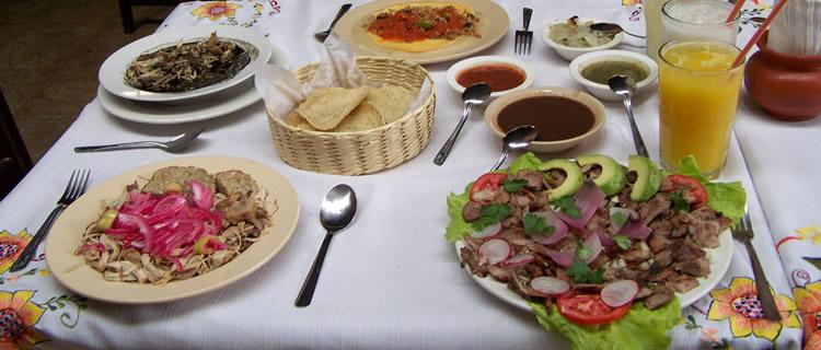 "Restauranteros listos para ""banquete"" de temporada"