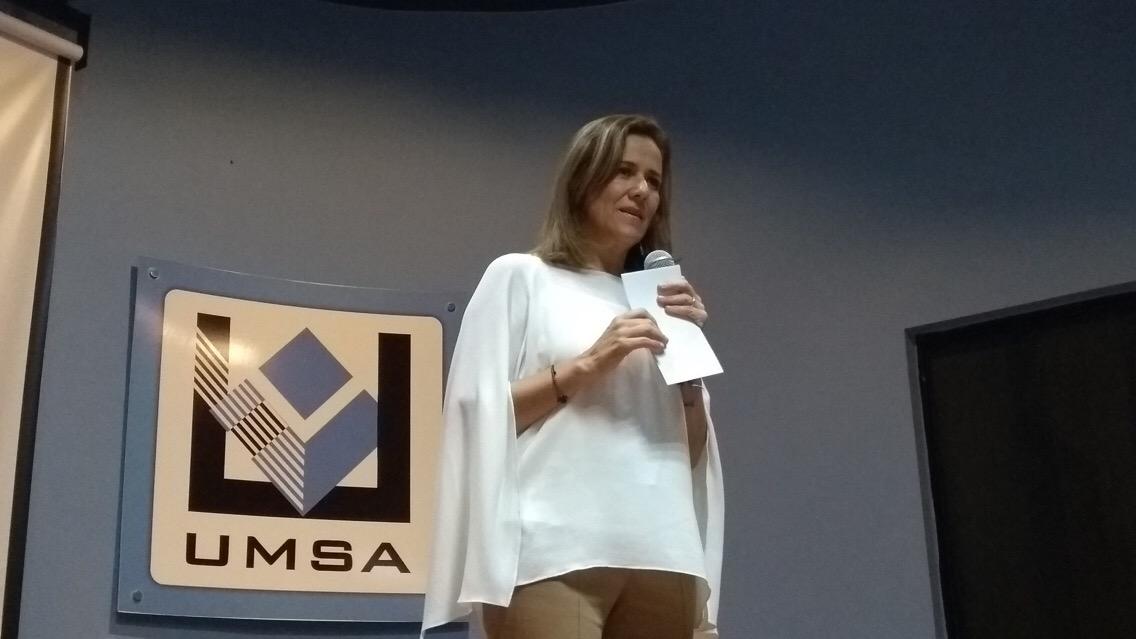 Zavala propone negociar sin complejos TLC