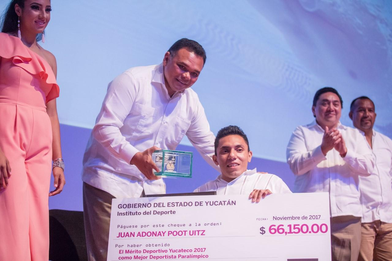 Reconocimientos y estímulos a élite deportiva de Yucatán