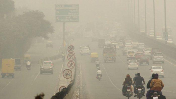 Nueva Delhi se ahoga bajo una nube de contaminación