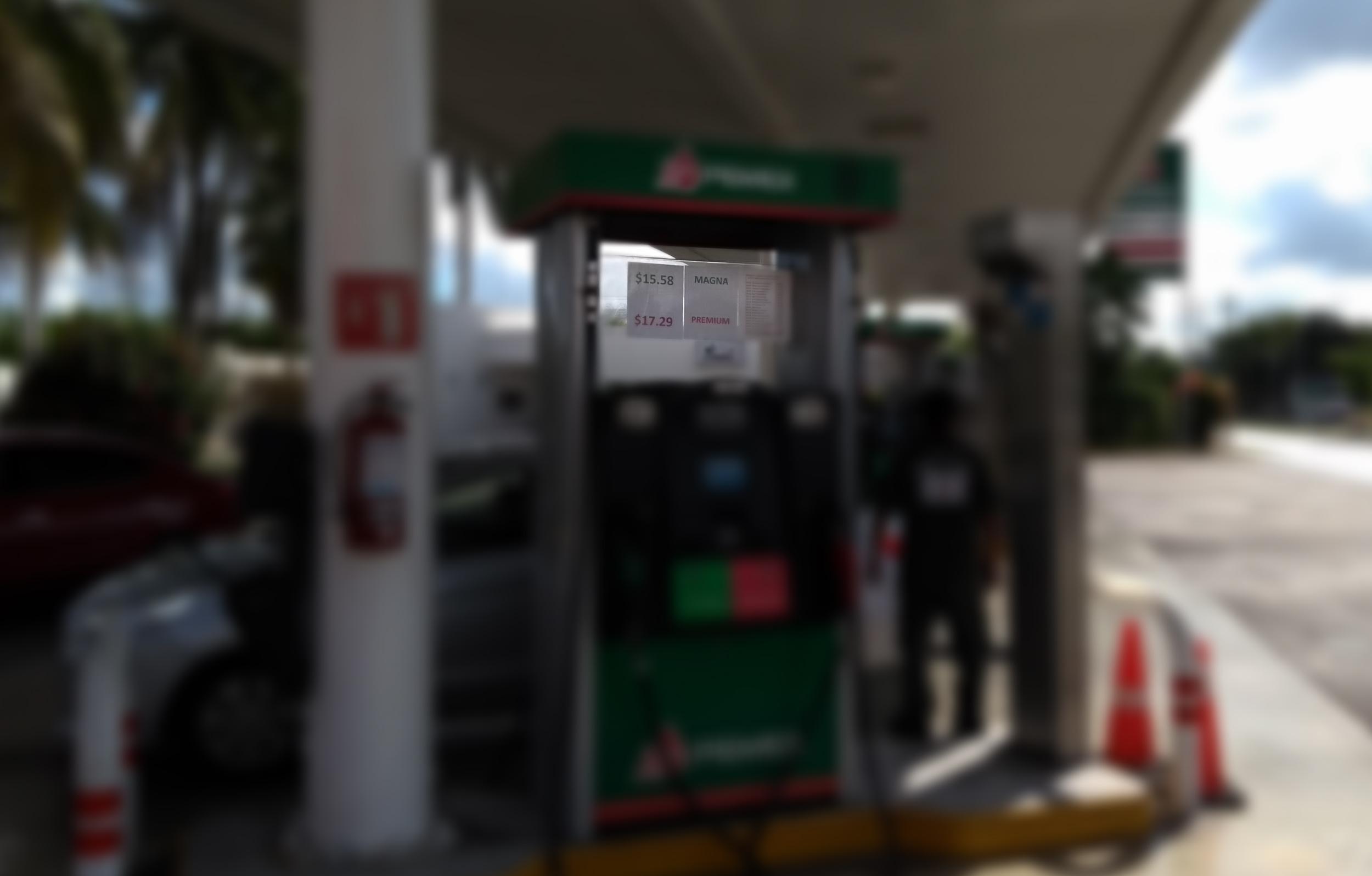 Gobierno abre la puerta a un aumento de precio en gasolina Magna