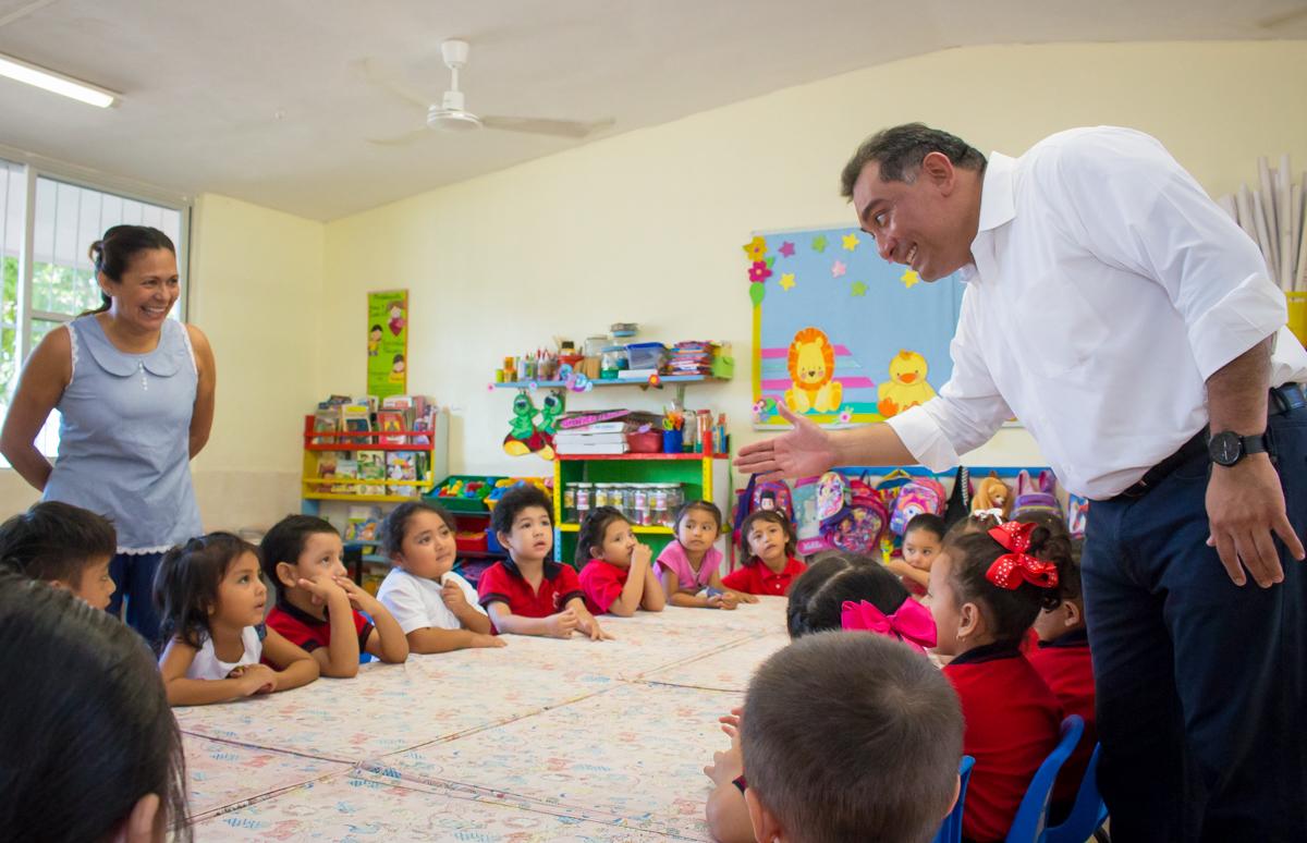 Sube Yucatán eficiencia terminal en primaria y secundaria