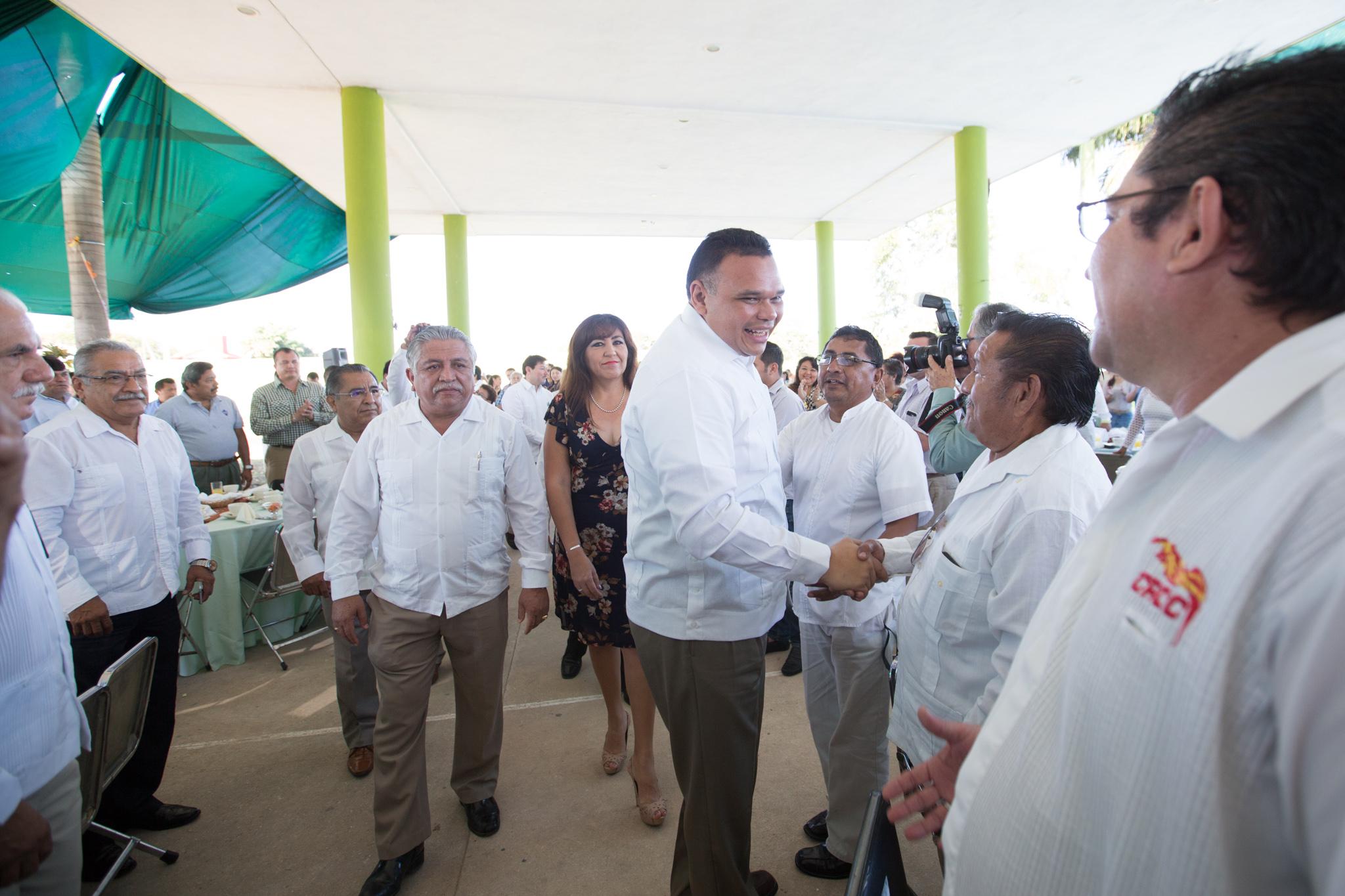 """Zapata Bello insiste en que Yucatán debe mantener """"el rumbo"""""""