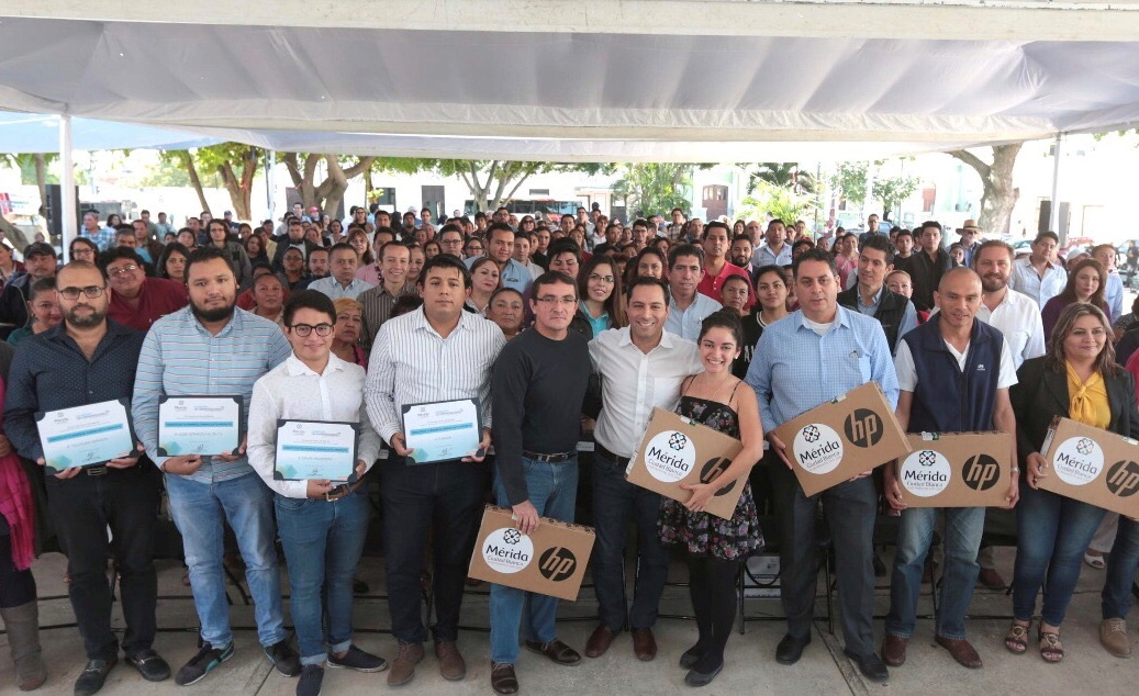 Da Mérida impulso a autoempleo y emprendimiento
