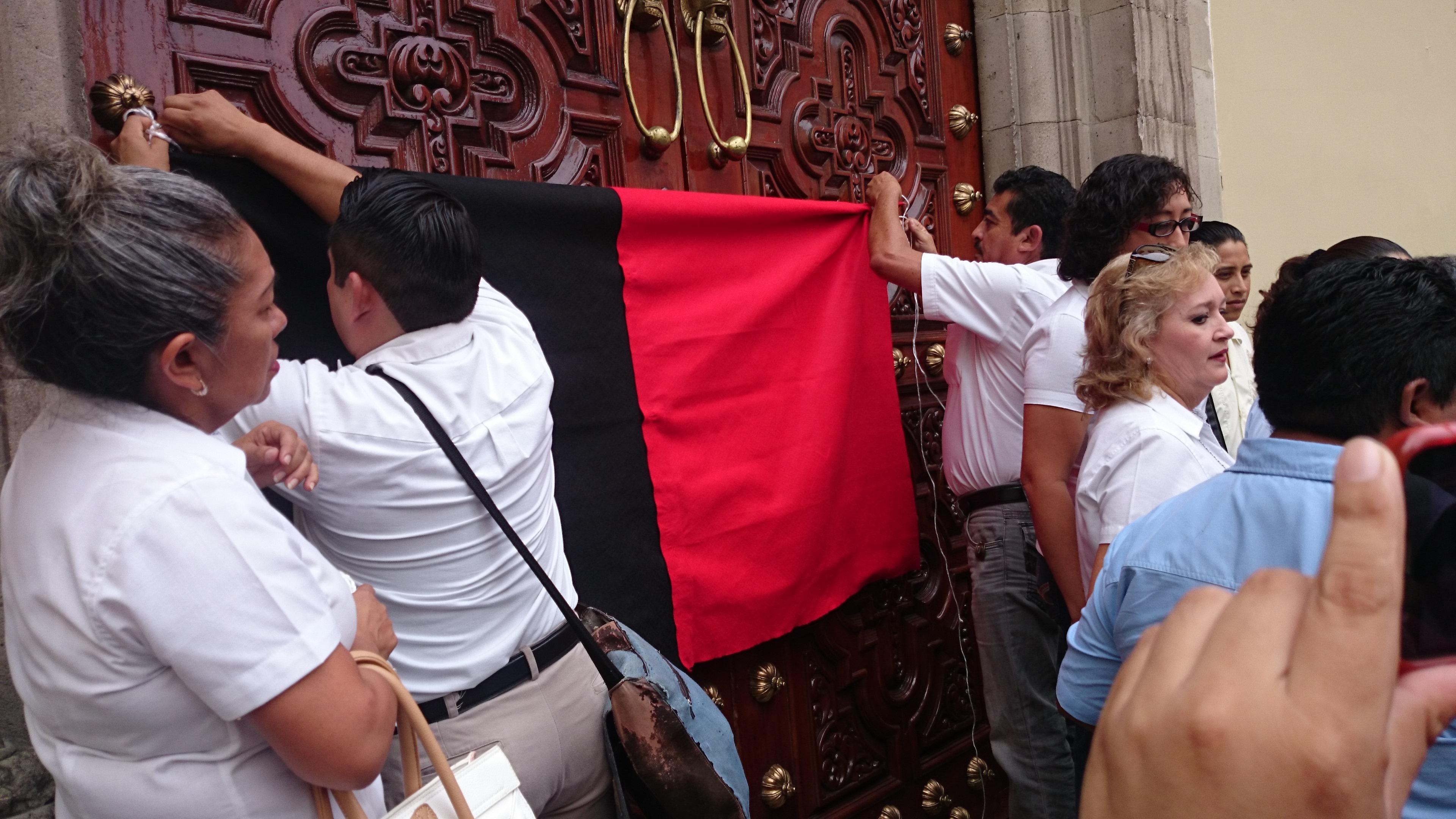 Descartan huelga en Uady; apelan a diálogo con sindicatos