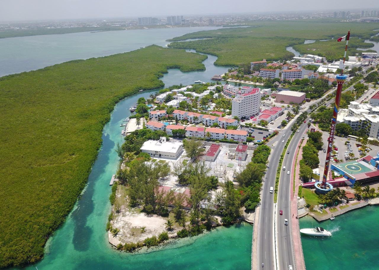 """Cómo un """"fake news"""" golpeó por horas a Cancún"""