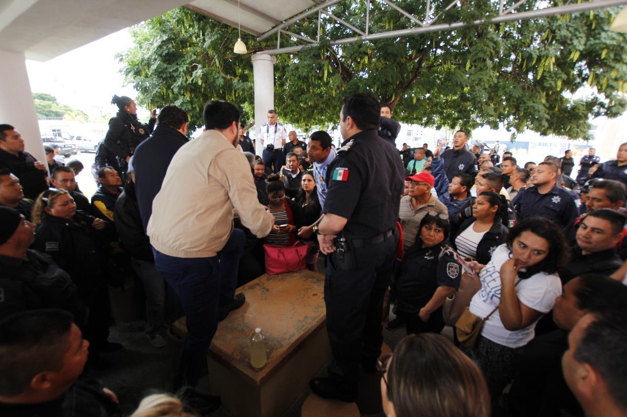 Se extiende inconformidad de policías municipales en QRoo