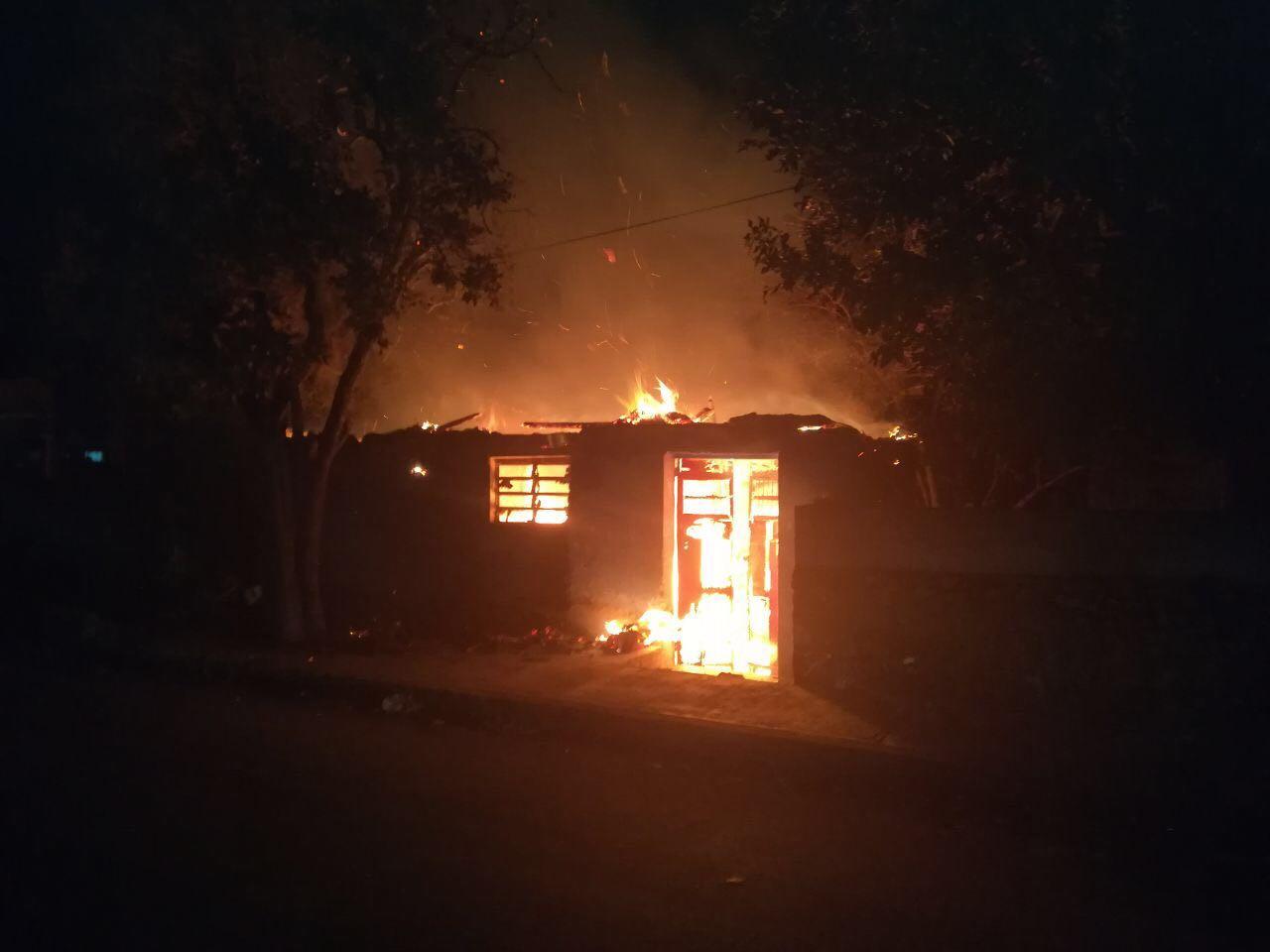 Viajan a Mérida y se quedan sin vivienda por incendio