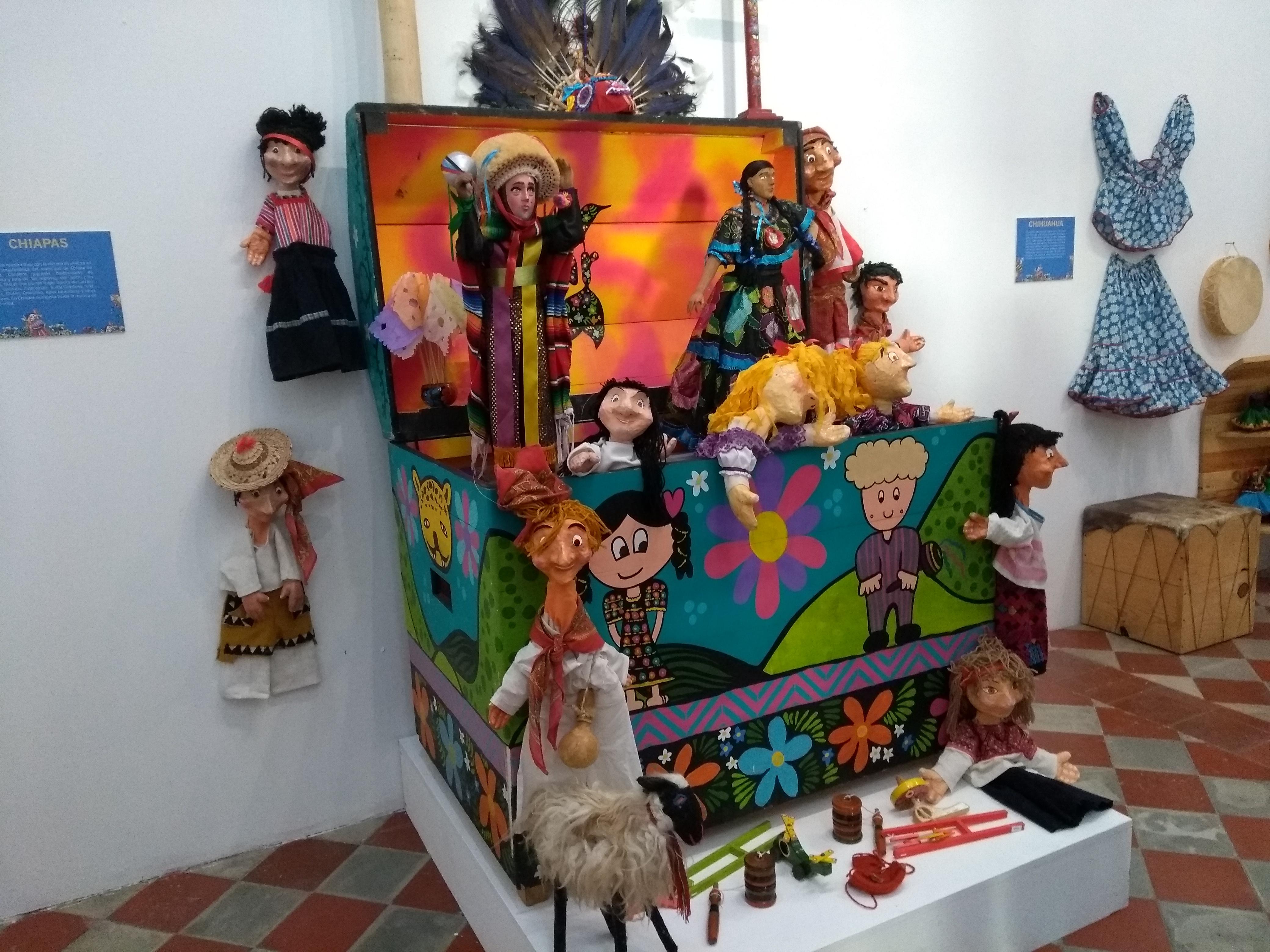 Abren en Mérida muestra nacional itinerante Baúles con alas y raíces
