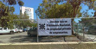 Mantas protesta investigadores INAH concierto de Armando Manzanero Chichén Itzá (2)