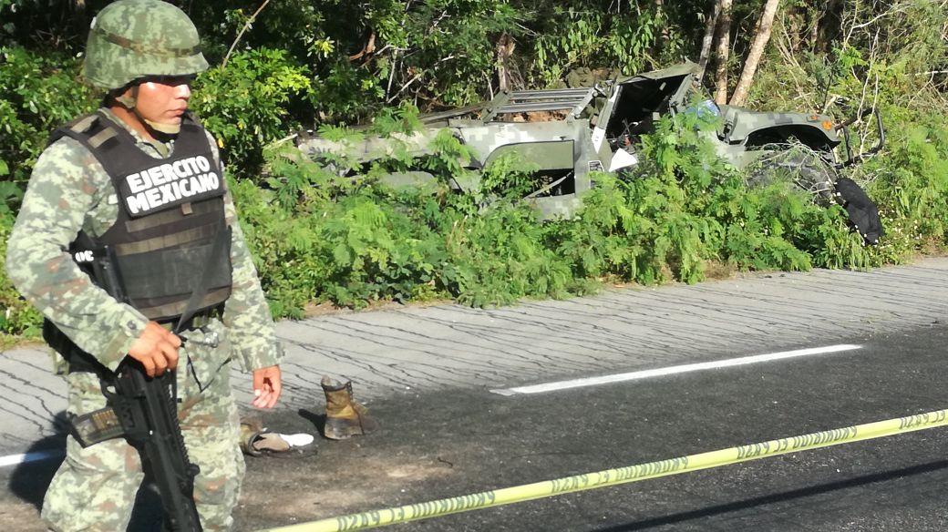 Paralizó tráfico accidente de militares en la Mérida-Valladolid (video)