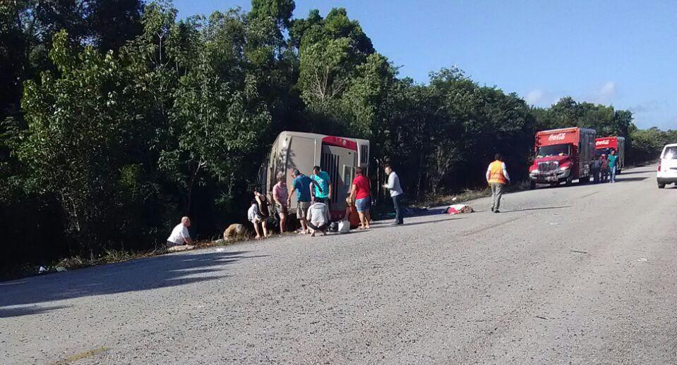 Accidente de turistas en Quintana Roo: 12 muertos y 18 lesionados