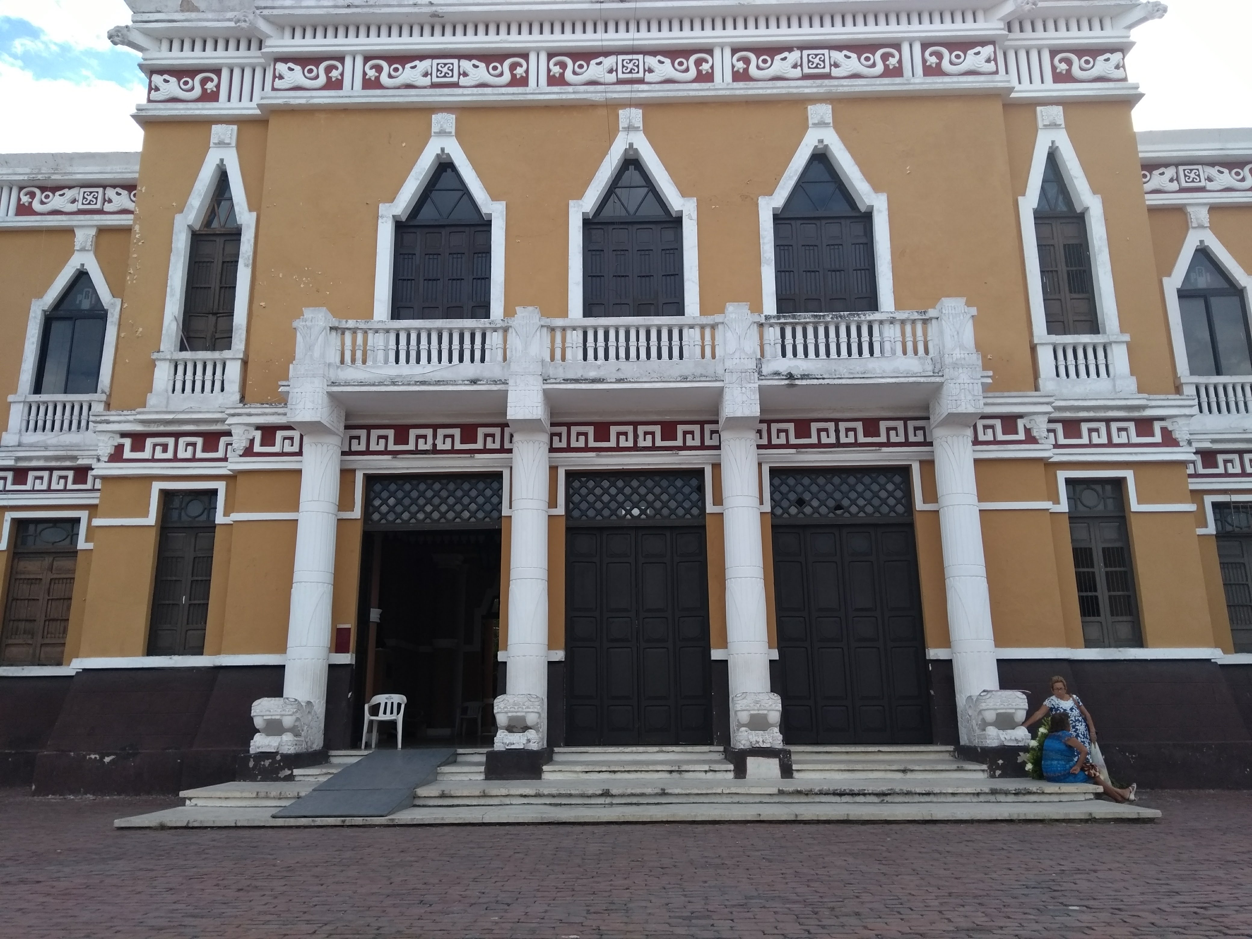 """""""Cocinan"""" en CdMx precandidatura priísta a Gubernatura de Yucatán"""