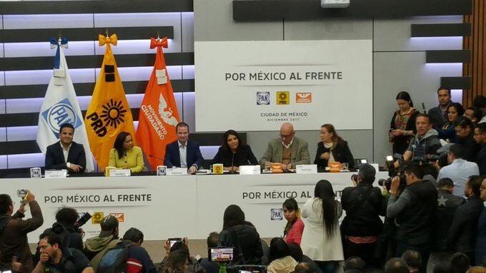 """Registran coalición """"Por México al Frente"""""""