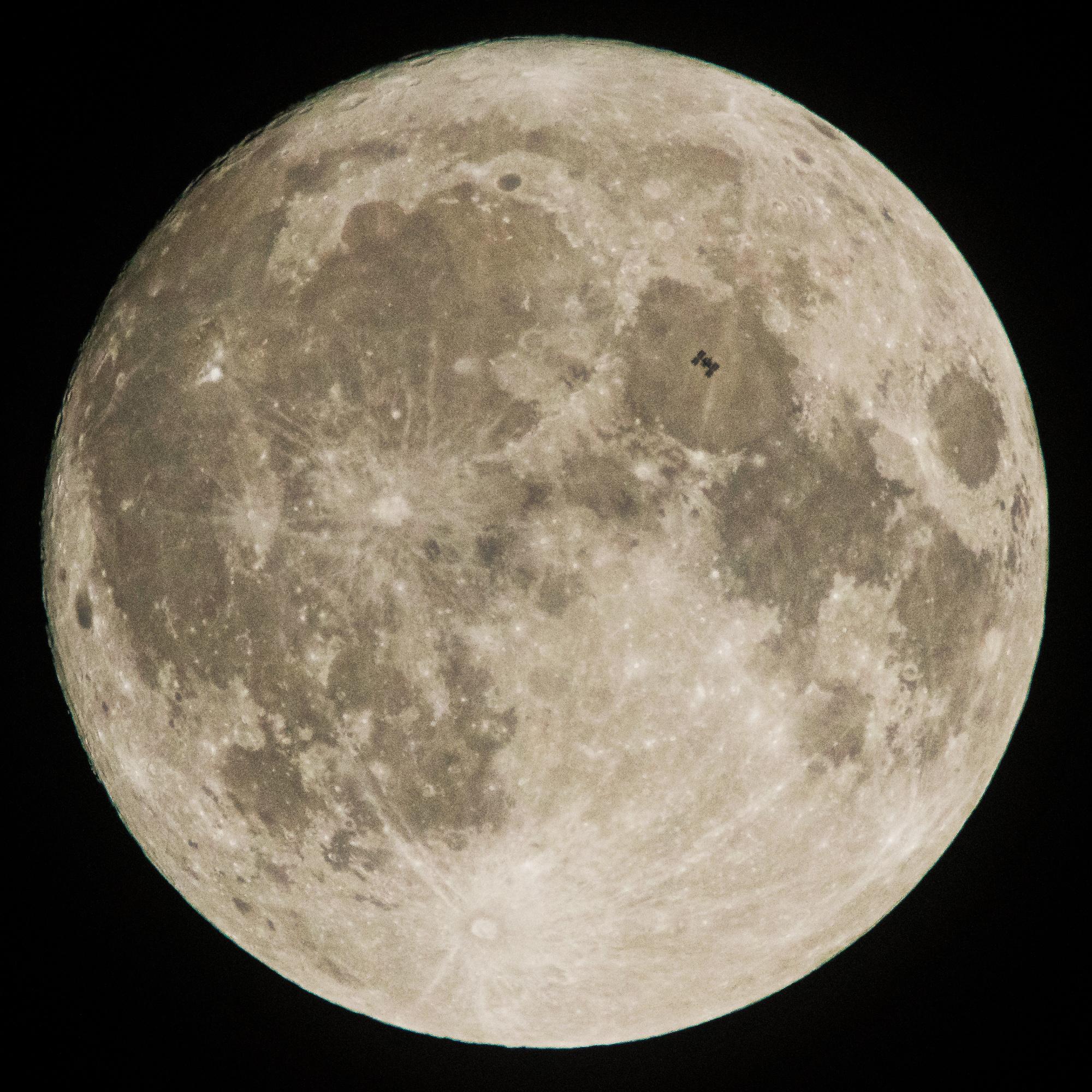 Calendario lunar 2018: 13 lunas llenas, 2 lunas azules, mes sin luna llena… (videos)