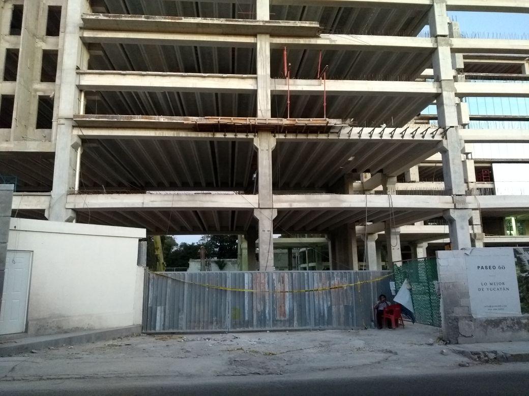 """Detenida, construcción de hotel del """"Paseo 60"""" que se colapsó"""