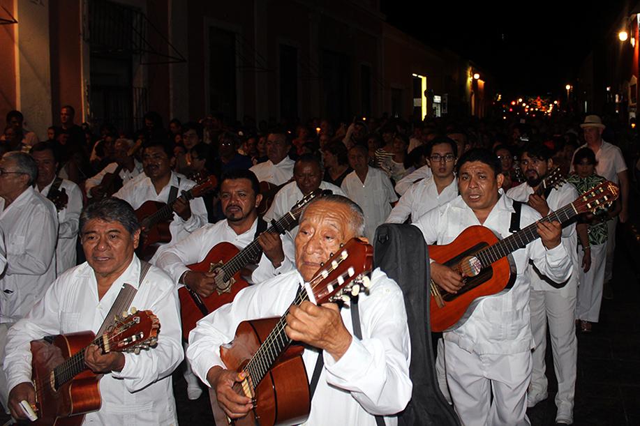 Afinan trovadores para Alborada a Mérida