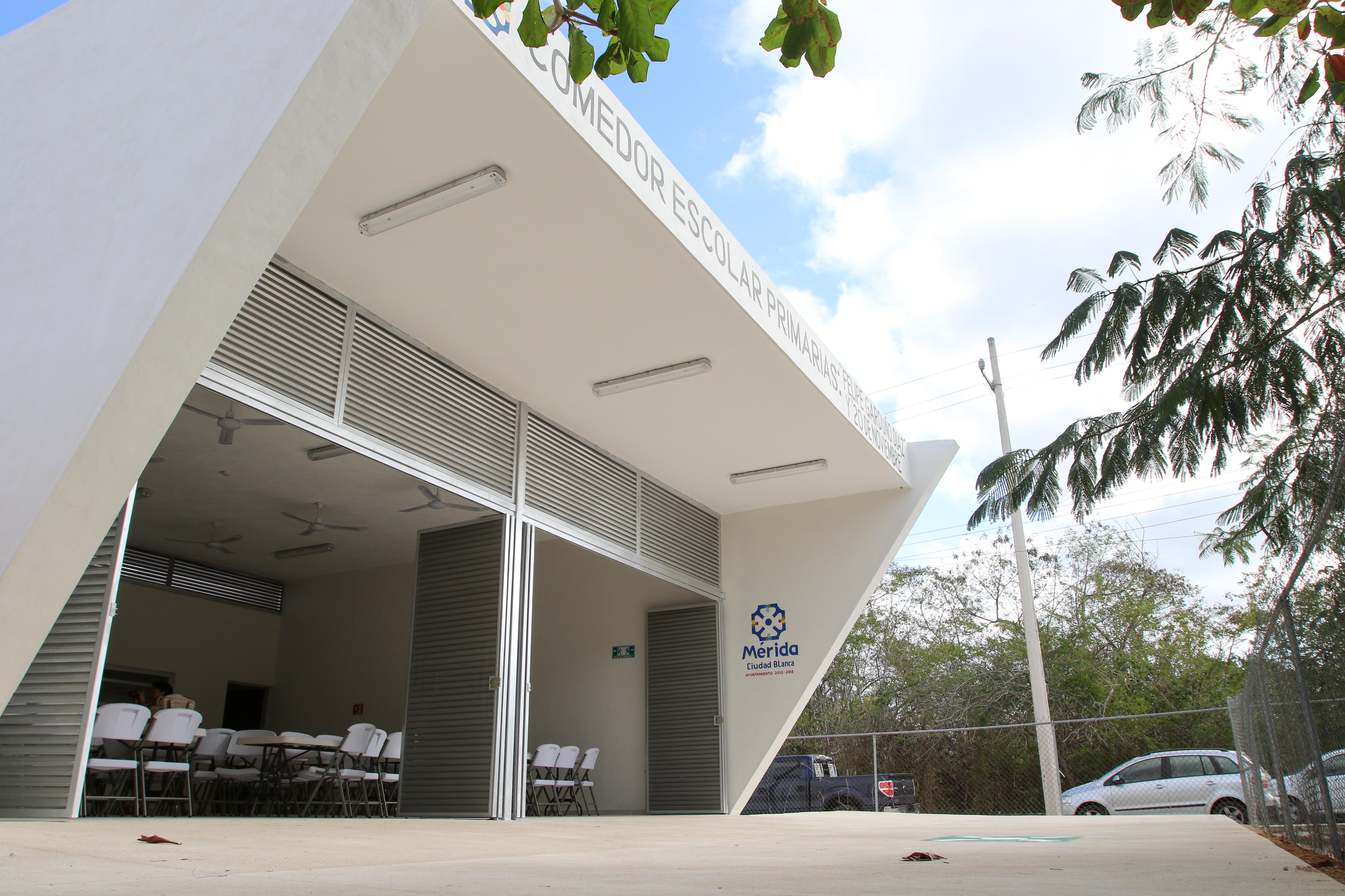 Ayuntamiento de Mérida entrega comedor escolar en comisaría Chablekal