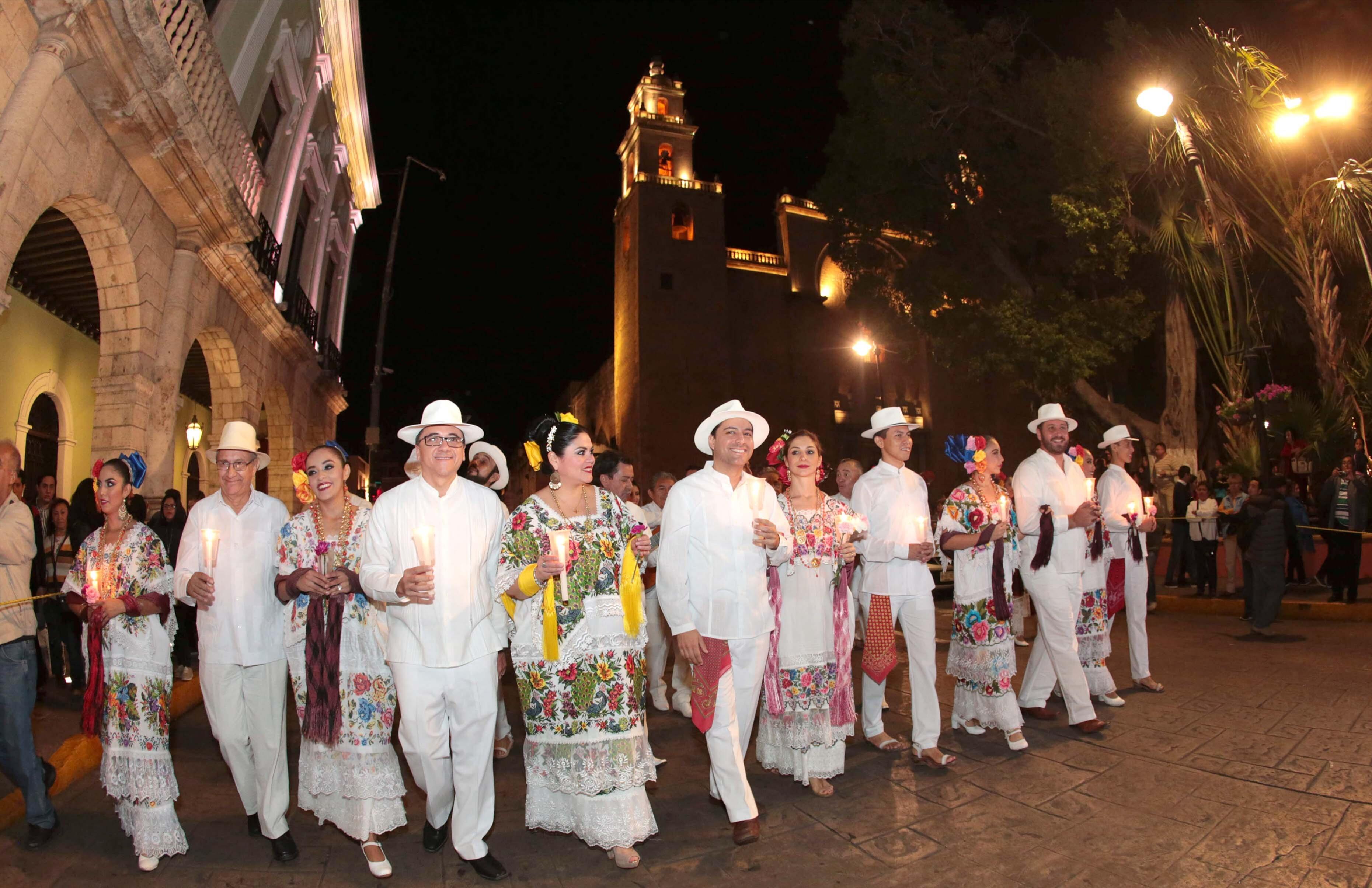 Cantan y festejan a Mérida con alborada