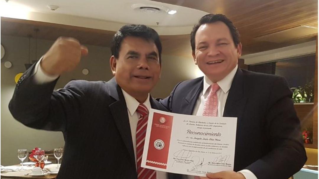 Reconocimiento a Joaquín Díaz Mena por luchar por los indígenas
