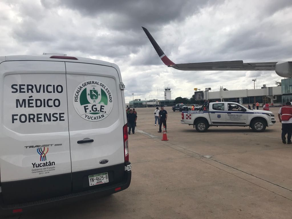 Muere en pleno vuelo y obliga a descenso en Mérida