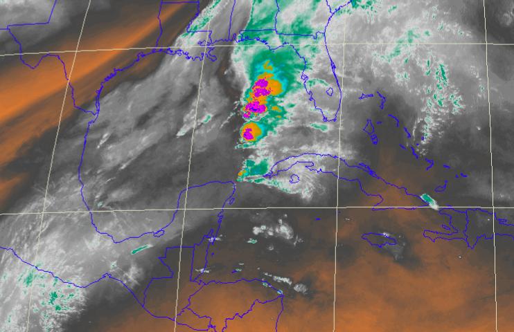 Tome previsiones: pronóstico de fuertes lluvias y actividad eléctrica este domingo