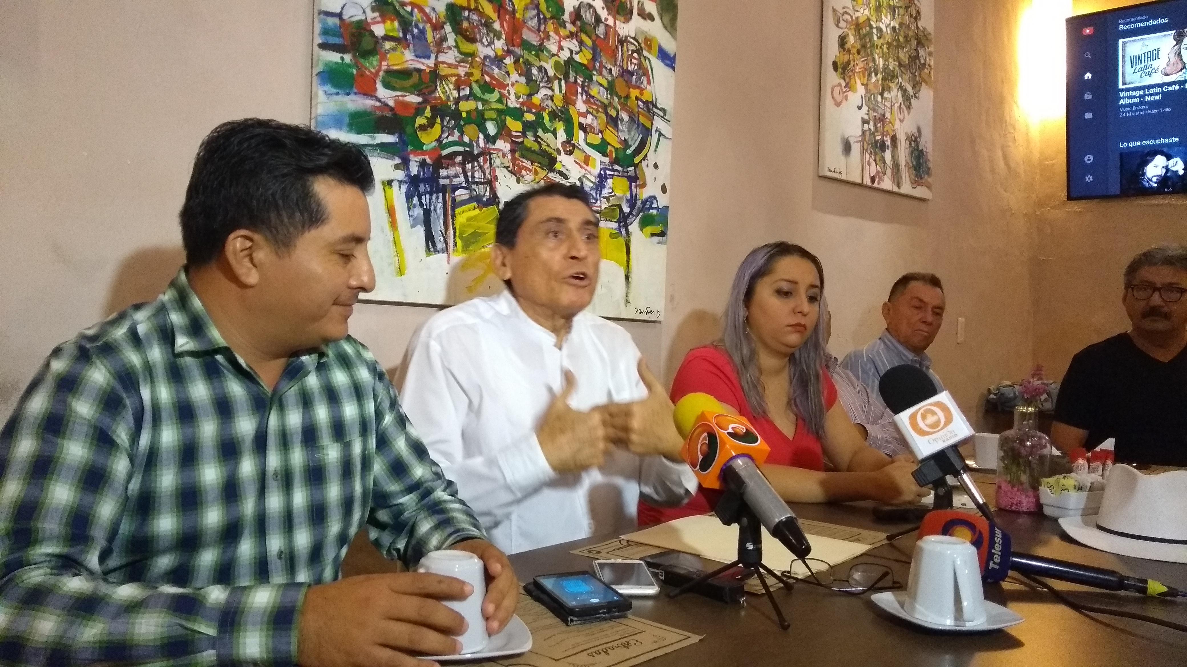 Desiste aspirante independiente yucateco; se queja de farsa