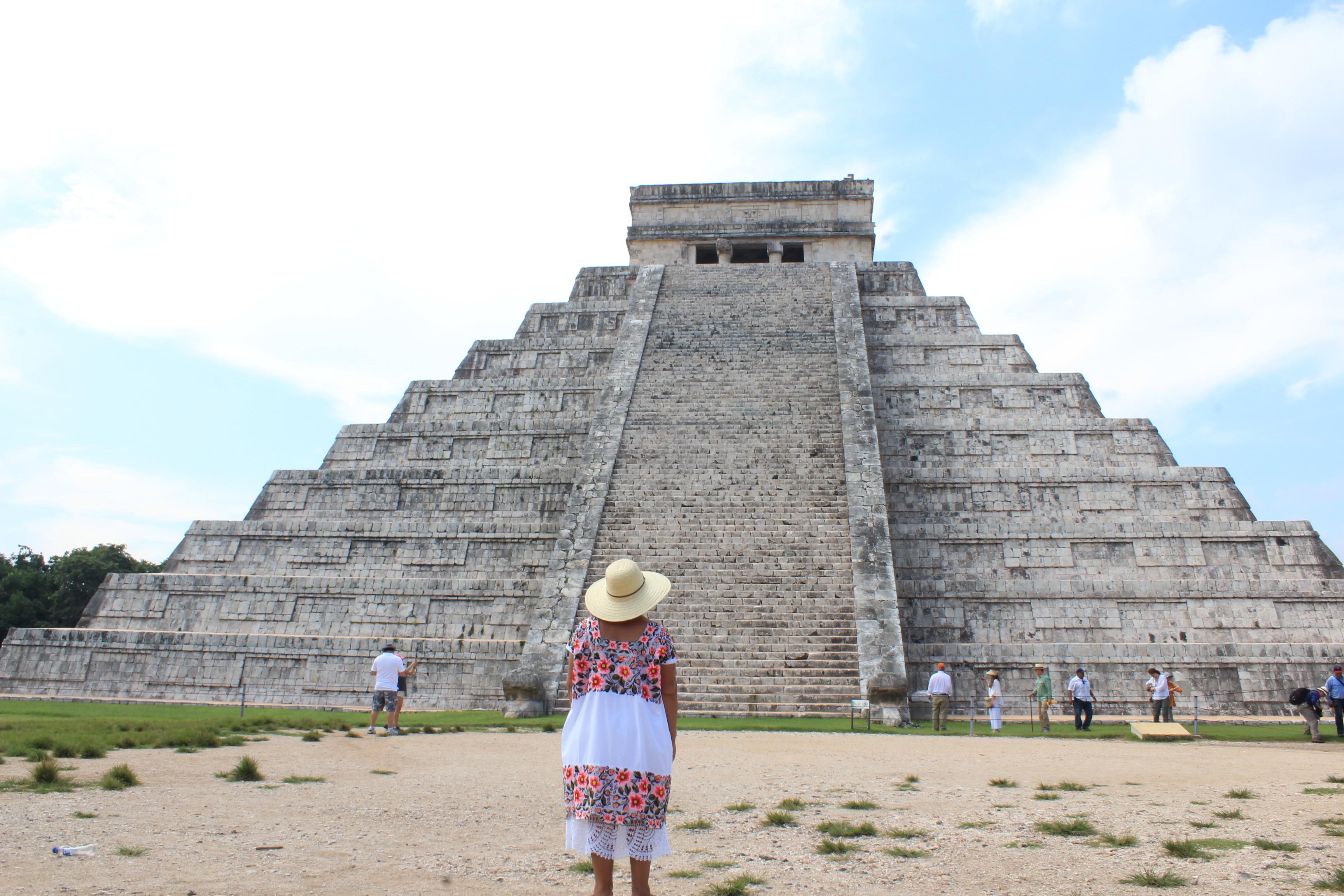 Seguirán exentos yucatecos de pago estatal en zonas arqueológicas