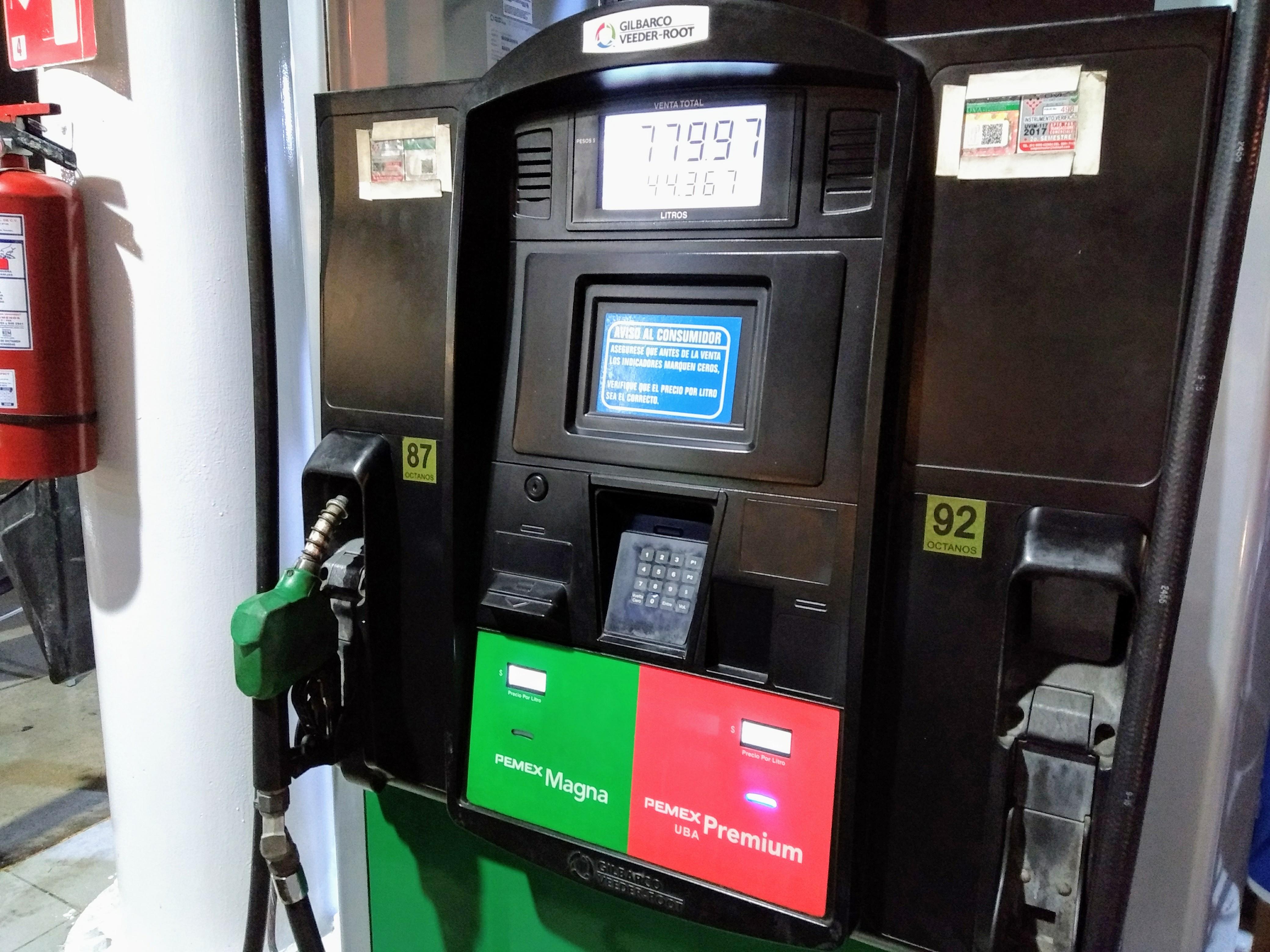 Precios de gasolina en Yucatán: Premium ya cuesta ¡a un dólar por litro!