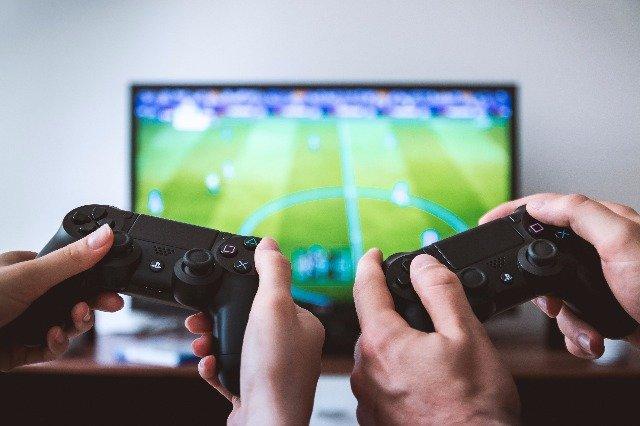 Videojuegos también pueden ser benéficos: UNAM