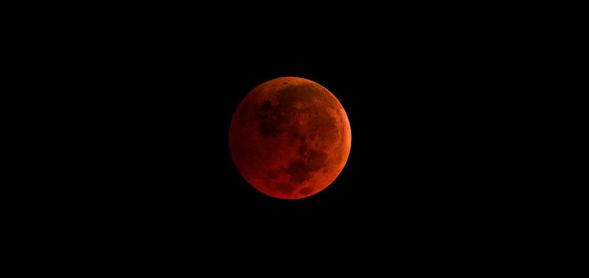 luna de sangre roja azul eclipse enero 31 de 2018 foto de la NASA