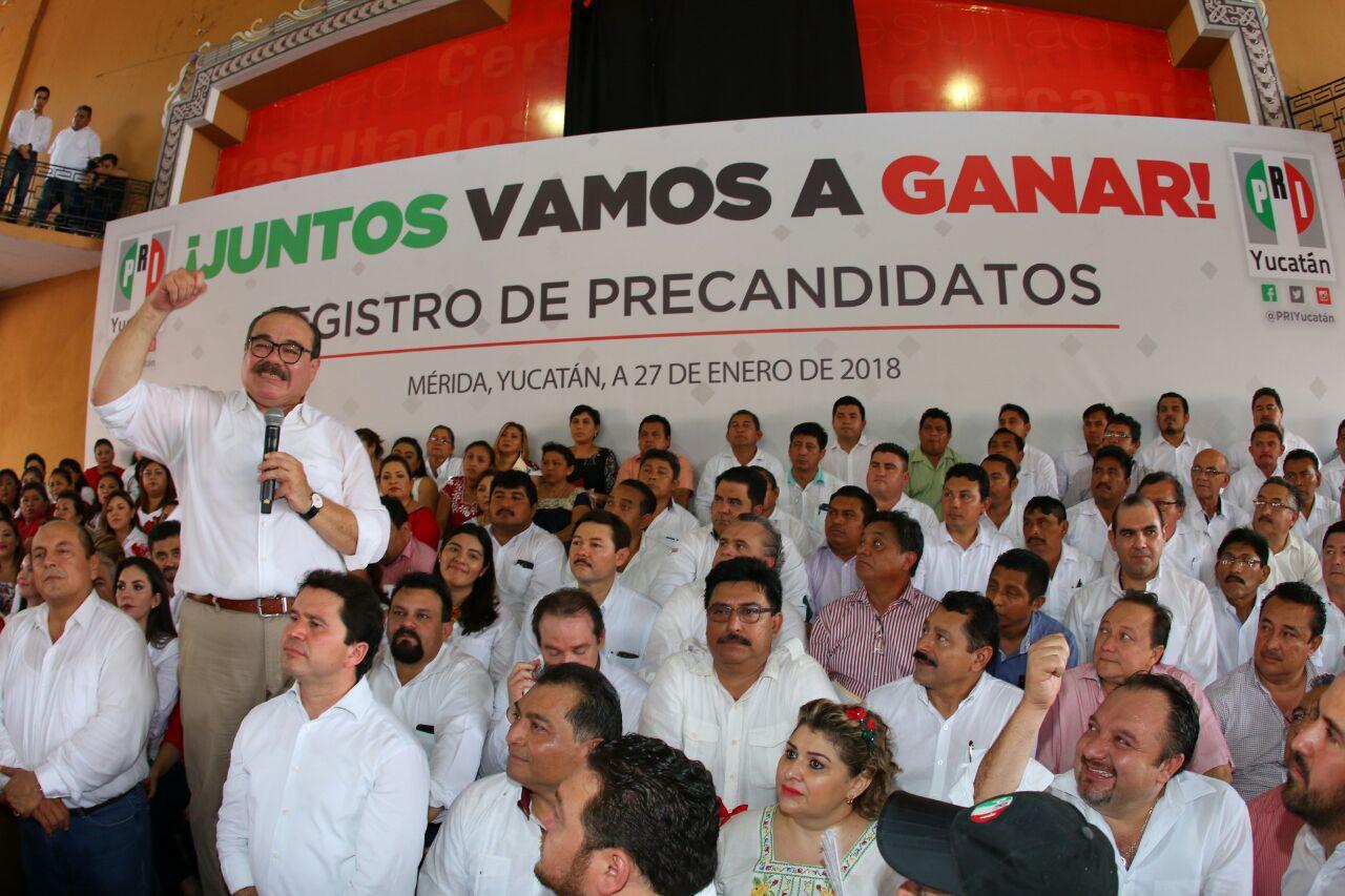 Exaspirantes del PRI al Gobierno de Yucatán van por una silla en el Senado (videos)