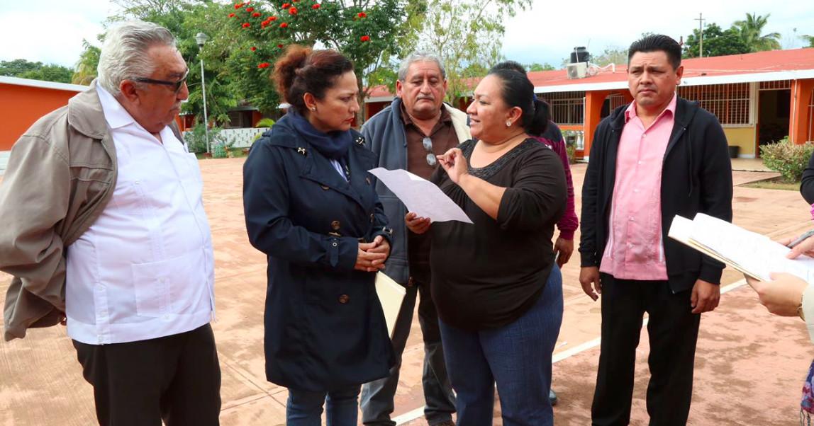 Más bajas en gabinete de Carlos Joaquín; renuncia en Educación