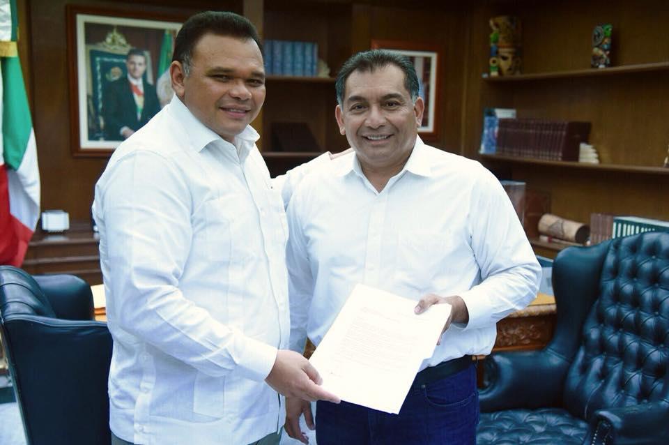 Renuncia Víctor Caballero a Segey; disputará Mérida