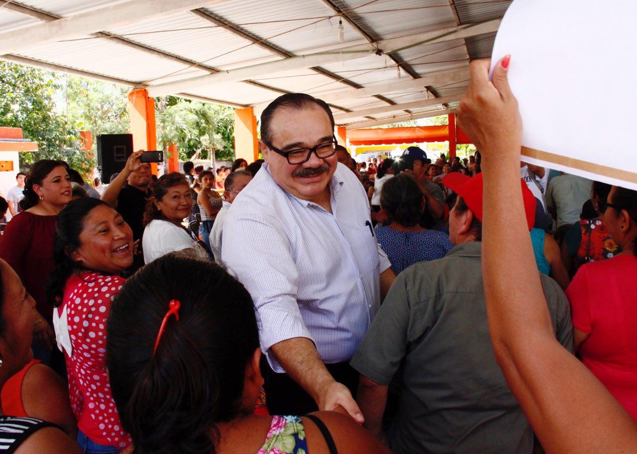 Ramírez Marín recibe respaldo de priistas de la zona henequenera