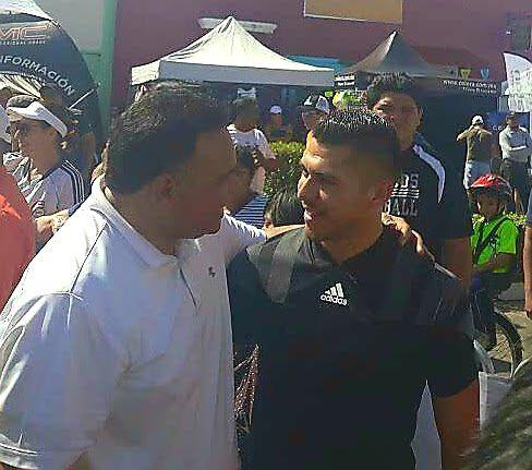"""Americanista Henry Martín """"de paseo"""" en Triatlón Mérida 2018"""