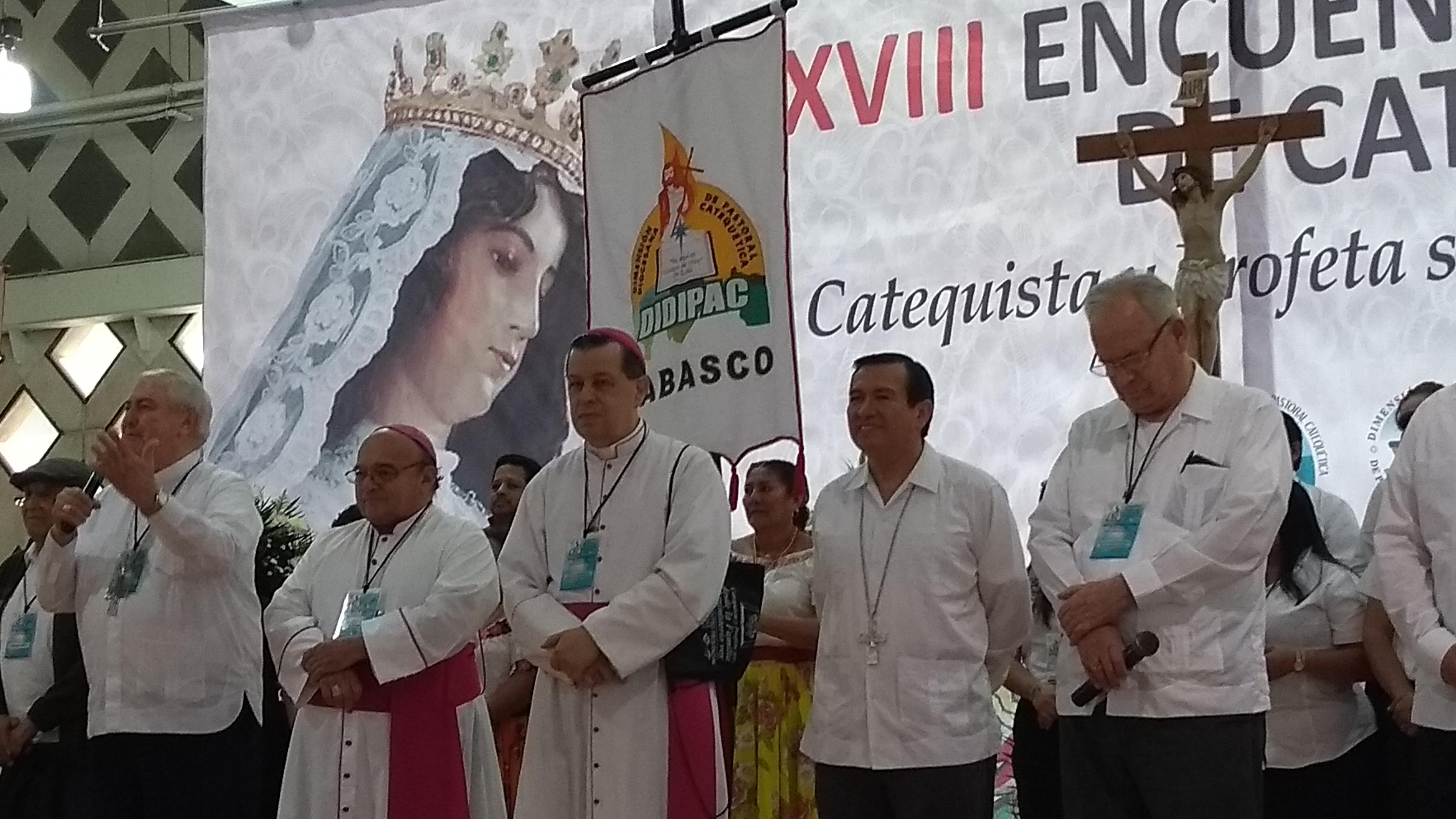"""Dan """"línea"""" a líderes católicos frente al proceso electoral"""