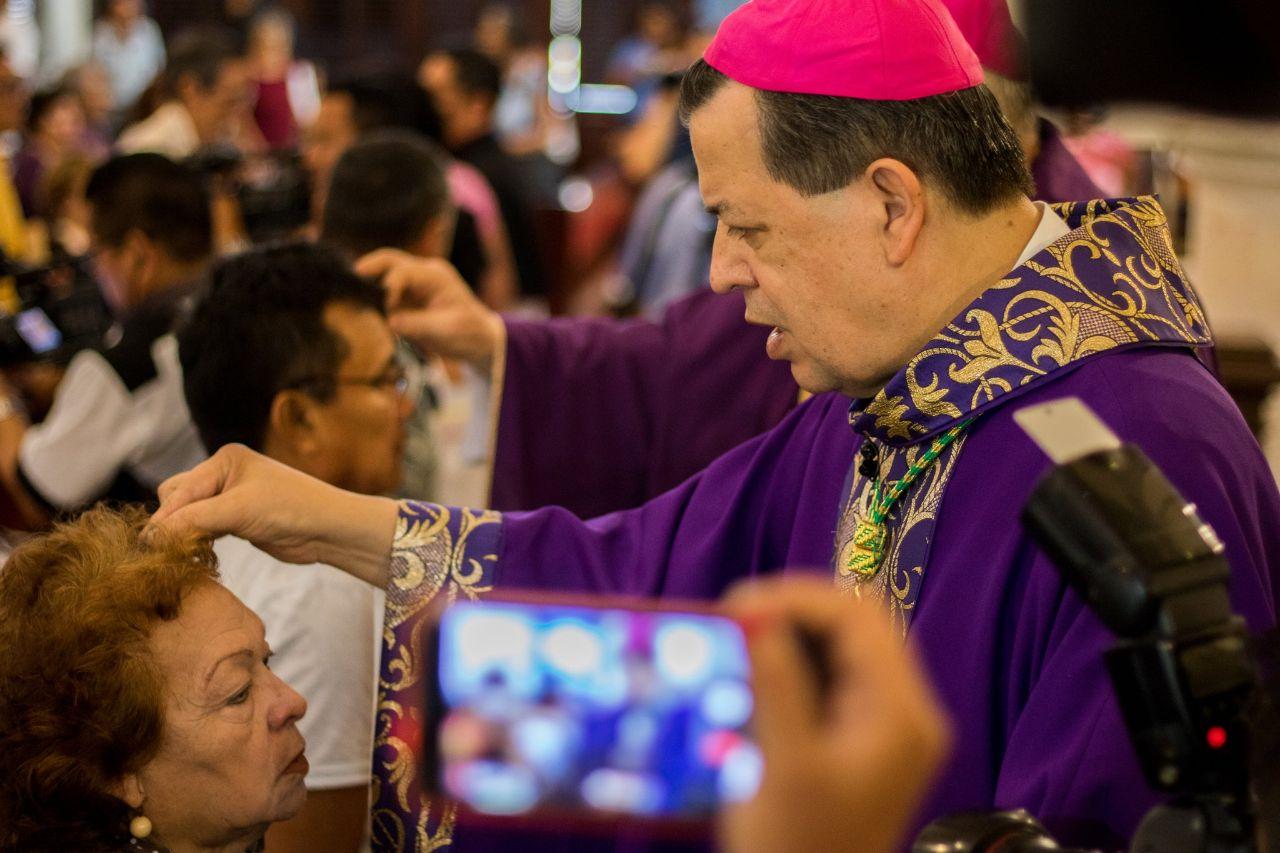 'Celebrar nuestra propia resurrección por encima de tentaciones'