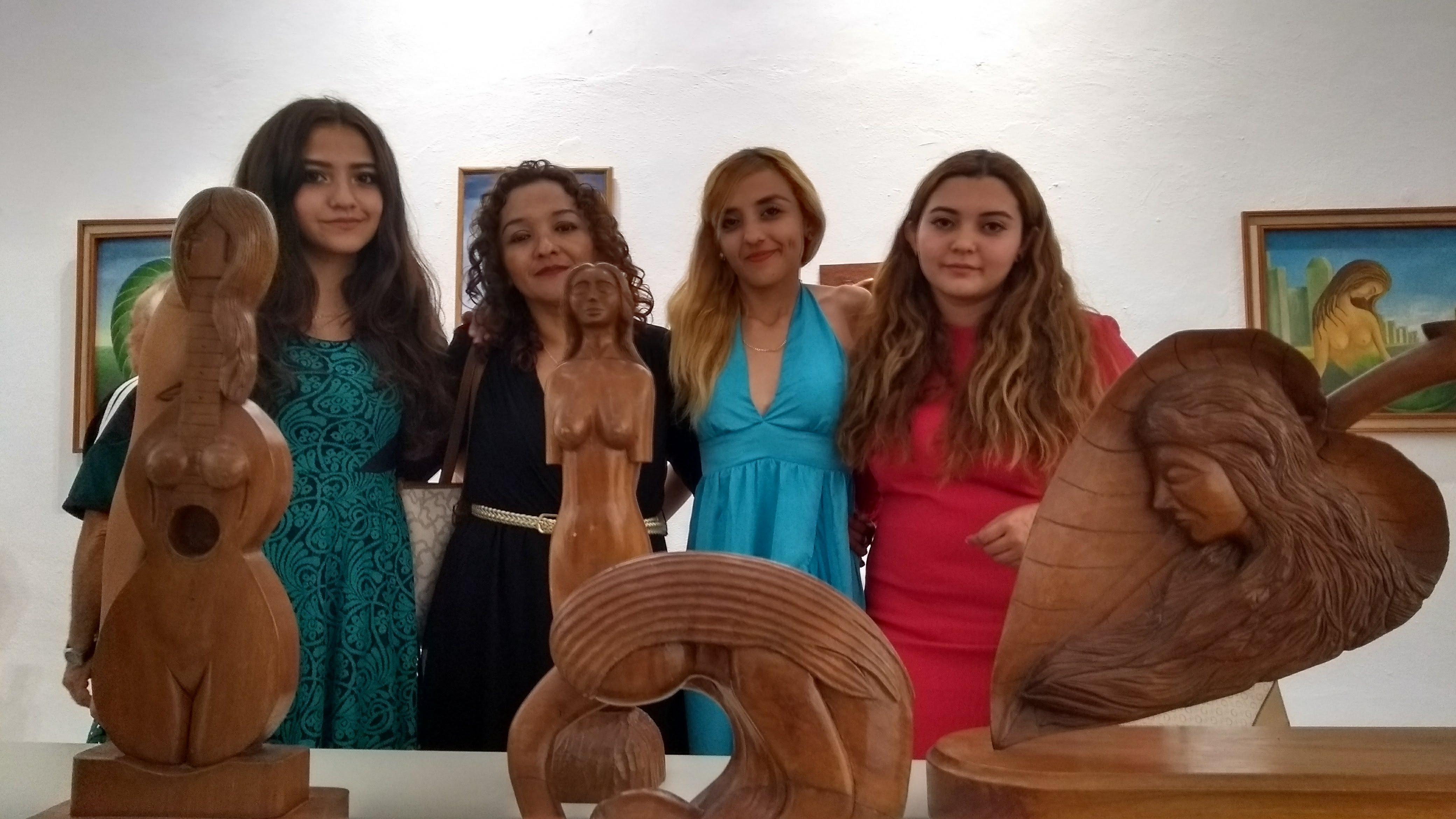 Muestra colectiva en homenaje póstumoa escultor J. Cherriz