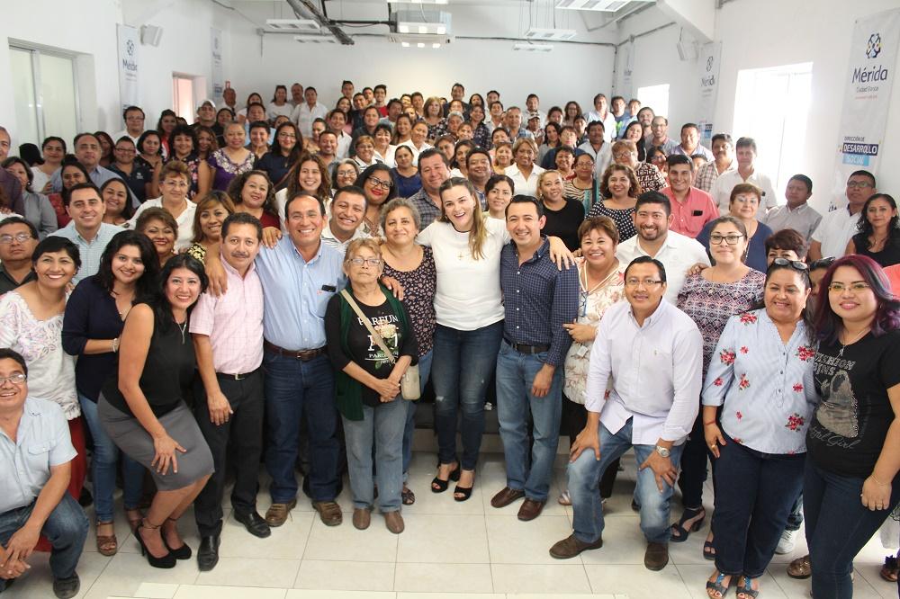 Se despide Cecilia Patrón de Desarrollo Social municipal