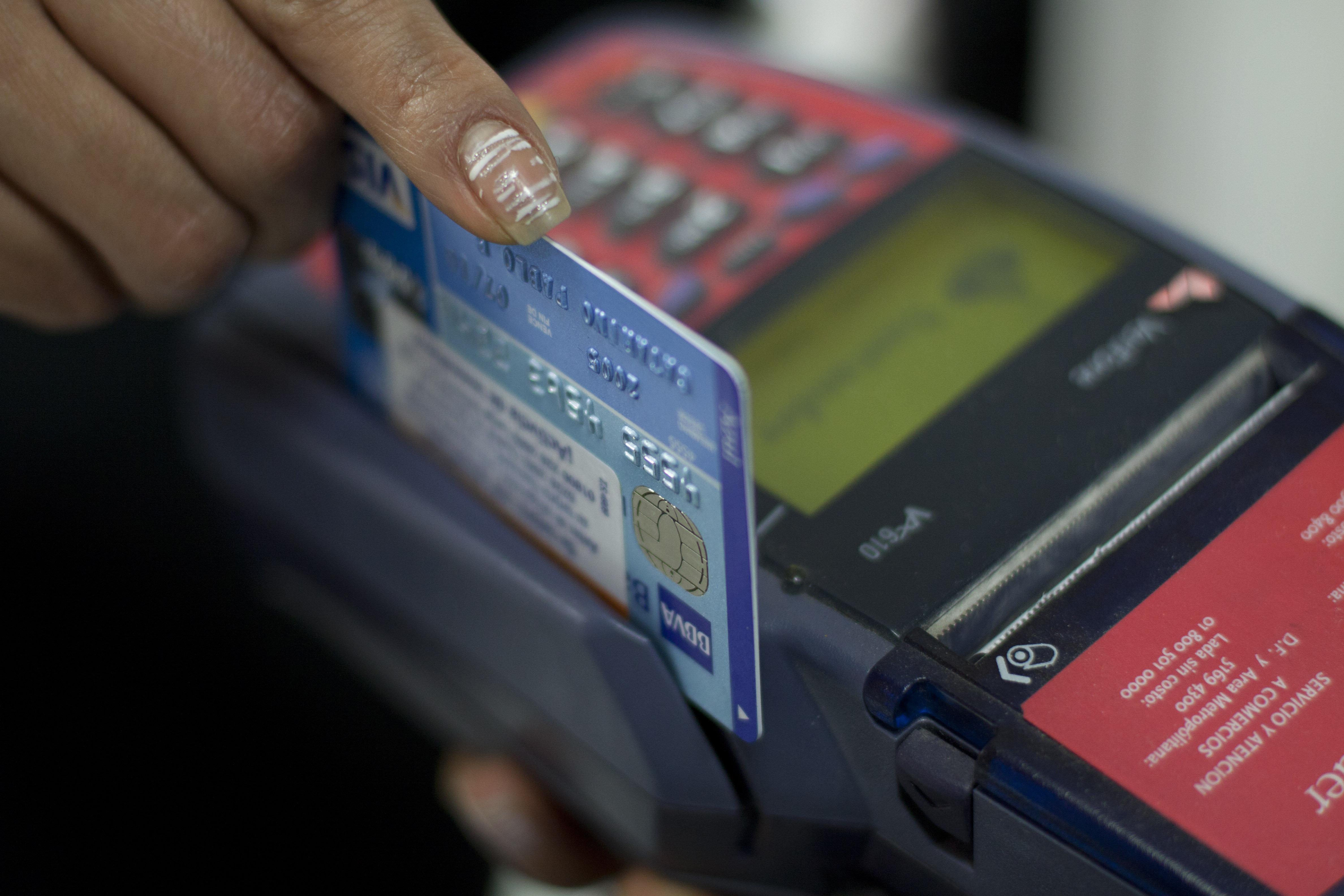 Ajustes del Banco de México afectan tasas de intereses en créditos